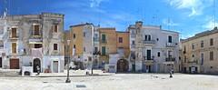 Bari, Puglia (JH Photos!) Tags: italy italia canon canon600d panorama nopeople bari puglia apluië jhphotos photography beautiful travel architecture architectuur architektur architectura sky blue blauw