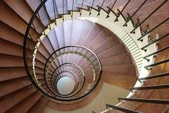 Spirale (Elbmaedchen) Tags: treppenauge staircase stairwell stufen stairs steps treppenstufen upanddownstairs spirale spiral 50er roundandround interior indoor swirl schnecke gedreht architektur architecture