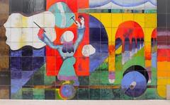 Le Sculpteur de nuages, Atila 1972, La Défense (Emmanuel Iriart) Tags: architecture defense92 fresque fresco atila suclpteurdenuages emmanueliriart ladéfense