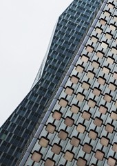 Tour Ariane - La Défense (Emmanuel Iriart) Tags: architecture defense92 emmanueliriart ladéfense