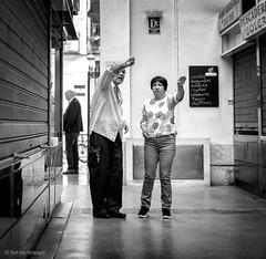 Baile Nuevo / New Dance (Bart van Hofwegen) Tags: dance moves people gesture gestures street streetphotography city citystreet citylife urban citypeople urbanlife urbanphotography blackandwhite monochrome málaga malaga