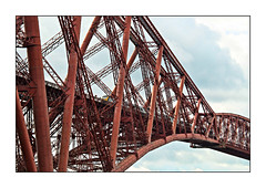 Friends in high places (david.hayes77) Tags: northqueensferry scotland fife kingdomoffife 2019 hst highspeedtrain 1a55 scotrail abellio forthbridge forthrailwaybridge victoriana victorian firthofforth unescoworldheritagesite class43 43175 steel girders closeup rivets