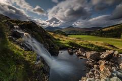 The Wee Falls. (Gordie Broon.) Tags: landscape strathconon waterfall rossshire mountains light paysage ecosse scotland schottland scenery paisaje scottishhighlands escocia scenic sky scozia alba caledonia heuvels collines colinas corbett glen allt burn 2019 hugeln szkocja sonya7rmkii sonyzeiss1635f4lens ilce7rm2 view vista gordiebroonphotography marybank bridgend clouds geotagged hills