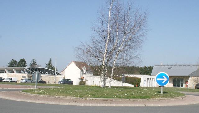 Entrée du village par Crespières