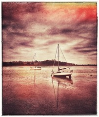 Not so grey.... (Lindsey1611) Tags: woodbridge suffolk boats water contrast drama sky snapseed filter filterrequired river