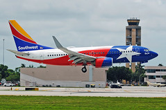 Southwest Airlines Lone Star One (Infinity & Beyond Photography: Kev Cook) Tags: southwest airlines texas state flag lone star one boeing 737 b737 fortlauderdale fll aircraft airplane airliner plane photos atc tower