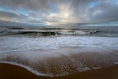 am Strand zwischen Wenningstedt und Westerland (andreas.zachmann) Tags: deu sand meer strand himmel wasser winter wetterdrama nordsee wellen wolken dünung wenningstedt schleswigholstein deutschland