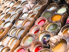 Fes, tannery, Morocco, 摩洛哥 (cattan2011) Tags: traveltheworld exploringthemorocco fineartphotography fineart leathers culture traveltuesday travelbloggers travelphotography travelphoto travel architecturephotography architecture landscapephotography landscape 摩洛哥 morocco tannery fes