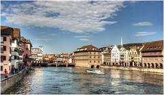 152-RÍO LIMAGO A SU PASO POR ZURICH (Suiza) (--MARCO POLO--) Tags: ciudades rincones ríos nubes