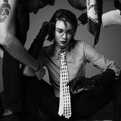 Emma Appleton (Female CelebriTIES) Tags: model fashion shirt tie necktie traje camisa corbata suit moda modelo suited trajeada up encorbatada terno gravata cravat krawatte cravata menswear knot nudo collar cuello clothes masculina mujer mulher women donna her female jacket americana aflojada beauty chemise camicia pants pantalon pantalones trousers lady con maschile male black negra fille smart ella white blanca femme elegante ejecutiva blonde rubia chaqueta saco chick chica emma appleton actress actriz actrice actresses elle dapper with gloves guantes