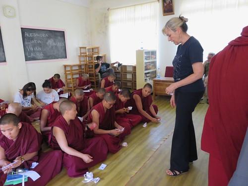 Taller con monjas budistas que facilitarán el eclipse desde su convento.