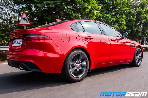 2020-Jaguar-XE-5