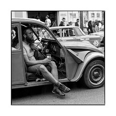 drink and drive  • joigny, burgundy • 2019 (lem's) Tags: hippies 2cv 2 chevaux citroen beer beiere drink drive conduire boire joigny street rue burgundy bourgogne zenza bronica
