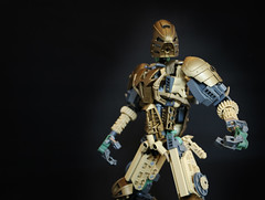 Oro (Ron Folkers) Tags: lego bionicle technic system lihkan swords armor tan grey dark gold warrior moc