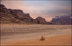 Atardecer del desierto. (antoniocamero21) Tags: paisaje color foto sony atardecer rocas arena desierto cielo wadirum jordania