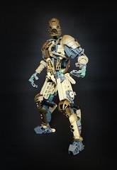Oro (Ron Folkers) Tags: lego bionicle technic system tan dark gold warrior grey swords armor lihkan moc