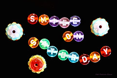 Smile on Saturday (Patricia Buddelflink) Tags: pearl glas smile saturday beads