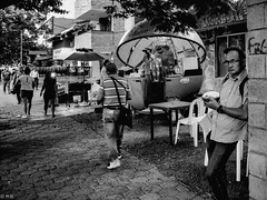 Streetfood - Colombia (michaelhertel) Tags: sw bw mono monochrome people cali colombia kolumbien olympus em1 travel