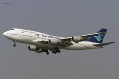 Garuda Indonesia (GA/GIA) / 747-441 / PK-GSI / 01-31-2006 / HKG (Mohit Purswani) Tags: ahkgap garudaindonesia ga gia 747 744 747400 boeing boeing747 boeing747400 jumbo pkgsi hongkong hkg hkia clk vhhh landing arrival 25r widebody civilaviaton commercialaviation airlines aircraft aviation planes c750 olympus indonesia