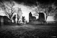 Intermezzo XCII (Holger Glaab) Tags: spessart castle ruin bnw blackandwhite blackwhite architecture building castleruin sky landscape landscapephotography ancient medieval travel wanderlust nature