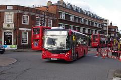 IMGP5573 (Steve Guess) Tags: surbiton surrey greater london england gb uk rbk tfl bus alexander dennis enviro 200 adl united ratp sn18ksj sde20301