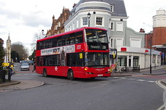 IMGP5569 (Steve Guess) Tags: surbiton surrey greater london england gb uk rbk tfl bus scania omnidekka sp united ratp yt09zcl sp40061