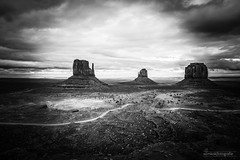 Monument Valley ( WimKok) Tags: photohopexpress canon eos7d 1585mm monumentvalley usa bw arizona utah