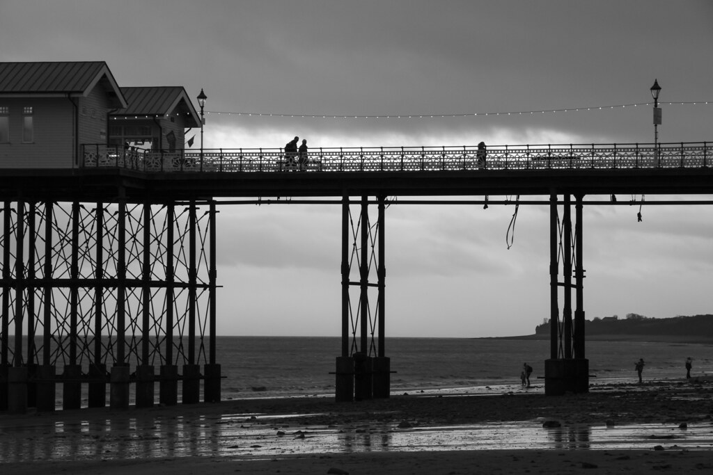 A walk on the beach and a walk on the pier: Penarth, south Wales