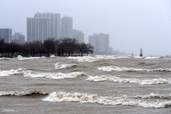 Edgewater (Andy Marfia) Tags: chicago edgewater lakemichigan lakefront water storm waves d7500 70300mm 1200sec f8 iso125