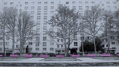 gwb | kein denkmal (stoha) Tags: denkmal grau berlin gwb berlino deutschland stoha soh guessedberlin stalinallee karlmarxallee berlinfriedrichshain friedrichshainkreuzberg friedrichshain bergfels