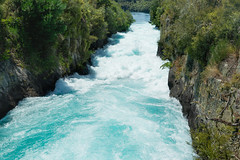 Down Huka Falls lll (fate atc) Tags: 200000literspersec hukafalls laketaupooutflow nz newzealand northisland taupo waikato waikatoriver water rapid waterfall