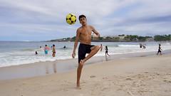 Footvolley (alobos life) Tags: happy players ball copacabana nice beautiful cute brazilians boys garoto rio de janeiro brasil brazil beach playa mar sea
