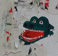 """Croc-O""  (Paris, Montparnasse) (no_christian) Tags: paris 75 france capitale europe europa labuttemontmartre buttemontmartre montmartre mur wall collage sticker papierpeint paperpaint papier animal crocodile crocro tête head dent tooth humour humor vert green langue tong look regard rouge red oeil yeux eyes chn christian noé"