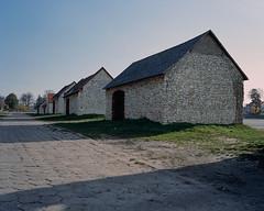 Historic barns in Żarki (fotoswietokrzyskie) Tags: poland building architecture medium format 6x7 analog mamiya 7ii kodak road barn portra400 film 120mm