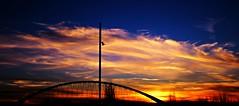Puente del Tercer Milenio (portalealba) Tags: españa canon puente spain zaragoza aragon puestadesol ocaso zaragozaparque portalealba eos1300d 1001nightsthenew