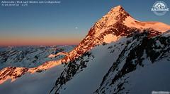 Date  Sun and Moon (bratispixl) Tags: austria panoramen perfect light europa alpen printshot canon bratispixl teilen zeigen fotografieren schauen fotowebcameu weatherphotography nature snow day moon sun 300 100