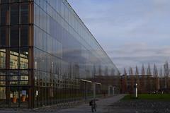 Mont Cenis Akademie (tmdittrich) Tags: hdpentaxfa35mmf20 pentaxkp herne montcenisakademie architektur gebäude glas modern