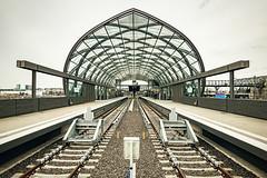 Elbbrücken_8567 (experience to discover) Tags: hamburg deutschland germany hafenstadt hafencity brücke bridge ubahn bahn train elbbrücken architektur architecture