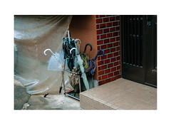 The Sidealleys of 谷中 Yanaka-Ginza (Melissen-Ghost) Tags: 谷中 yanakaginza japan tokyo urban mundane new wave topograhics color fujifilm x100f custom classic chrome tokio street streets