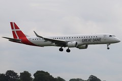 Great Dane Airlines OY-GDA BFS 09/07/19 (ethana23) Tags: planes planespotting aviation avgeek aircraft aeroplane airplane embraer e195 195 greatdaneairlines