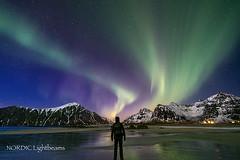 Exploding Aurora (NORDIC Lightbeams) Tags: astronomie norwegen flakstadøya skagsanden nachtaufnahme uwe berg lofoten fuji1024mmf4 langzeitbelichtung auroraborealis gebirge nordlicht norway polarlicht bulbexposure longtimeexposure mountain nightshot rock