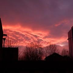 The day after (VauGio) Tags: fuji xf10 sunrise alba rosso red cielo sky mattino morning dayafter torino turin piedmont piemonte