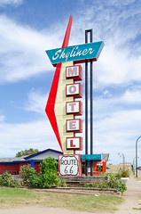 Skyliner Motel (dangr.dave) Tags: ok oklahoma downtown historic architecture route66 skylinermotel neon neonsign stroud