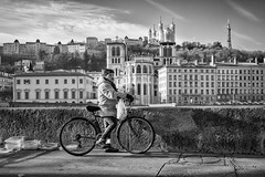 Contemplative... (YVON B) Tags: bicycle blackwhite people portrait street france lyon life leica m10p candide city summicron monochrome