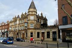 W13 West Ealing, Drayton Court (Dayoff171) Tags: gbg gbg2020 boozers greatbritain england europe pubs unitedkingdom publichouses greaterlondon gbg2000 w138ph