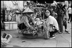 Fruit seller by the side walk - Hanoi - Vietnam (waex99) Tags: 2019 400iso dec epson hanoi kodak leica m6 trix vietnam analog film v800 street candid food hawker women femmes asiatiques fruit market