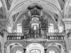Time for Music... (Ody on the mount) Tags: blackwhite bokeh kirchen musik barock fototour barockkirche anlässe innenräume mzuiko124028 em5iii bw olympus schwarzwald stpeter omd zeit säulen ornamente skulpturen uhren pfeifen musikinstrumente orgeln blackandwhite music monochrome time churches indoor organ sw schwarzweis