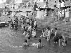 varanasi 2017 (gerben more) Tags: varanasi benares ganges ganga water men people women india blackwhite monochrome