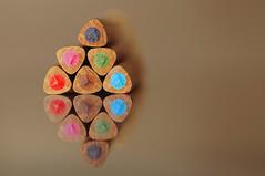 triangles (JossieK) Tags: colours colouredpencils wood wooden buntstifte trianglegrip pencils farbstift closeup reflection mirrored spiegelung macro shapes macromondays triangle kleur kleurpotloden crayonsdecouleur malstifte dreieckig dreikant driehoekig hout holz