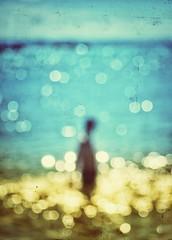Looking for you (Mister Blur) Tags: blur blurism desenfoque grainsoflight playadelcarmen rivieramaya ocean caribbean sea mar caribe turquesa turquoise bokeh dots blurry textures snapseed massiveattack psyche nikon d7100 55200mm nikkor lens rubén rodrigo fotografía bestcapturesaoi elitegalleryaoi aoi